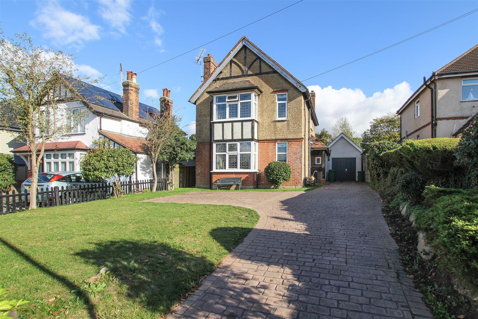 Doddinghurst Road